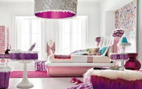 Amethyst Jewels's bedroom