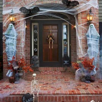 Haunted-house-halloween-decorations-3