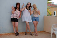 Me jess and hannah by charlotte lucyy-d3jzmqc