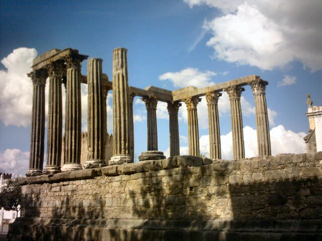 File:Ancient Roman Temple by inoxllor.jpg