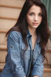 Beautiful-girl-blue-eyes-dark-hair-Favim com-464476