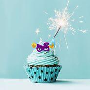 Look at a cupcake