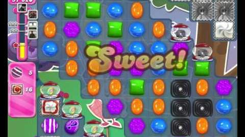 Candy Crush Saga LEVEL 2354 TWO HAMMERS (25 moves)
