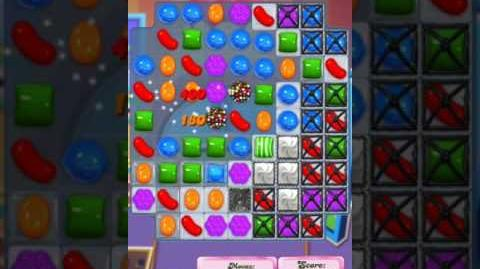 Candy Crush Level 1981 (2nd version, 20 moves)