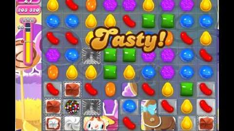 Candy Crush Saga Level 305 - 2 Star