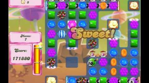Candy Crush Saga Level 2643 (15 moves)