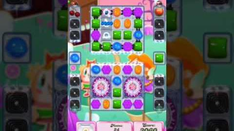 Candy Crush Level 2035 (4th version, 25 moves)