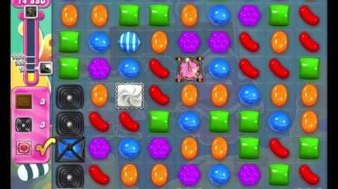 Candy Crush Saga LEVEL 2096 (18 moves)