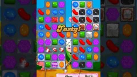 Candy Crush Level 2013 (2nd version, 35 moves)