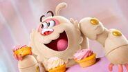 Yeti with cupcakes