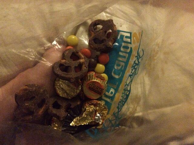 File:Chocolate candy.jpeg