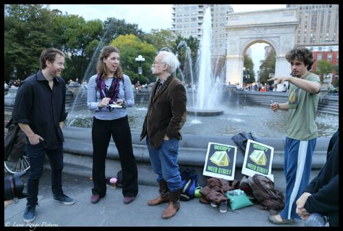 Dana Beal 2014 Oct 7 NYC in Washington Square Park