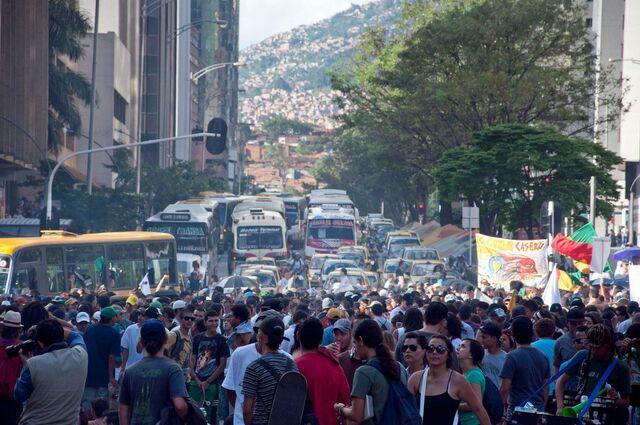 File:Medellin Colombia 2011 GMM.jpg
