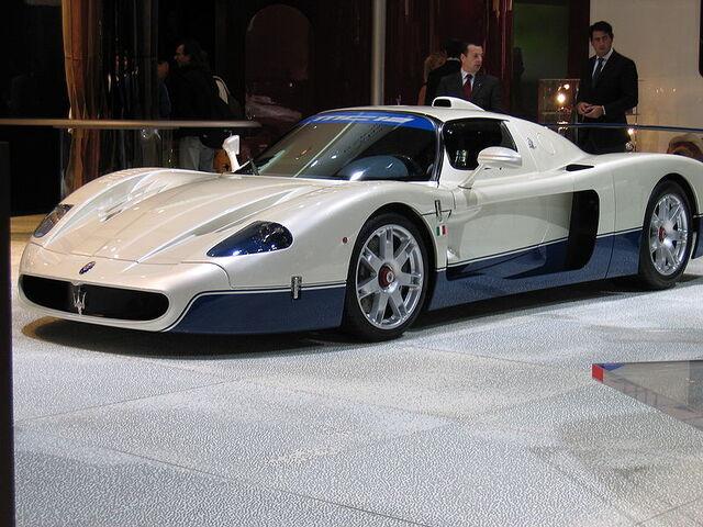 File:800px-Maserati MC12 2.jpg