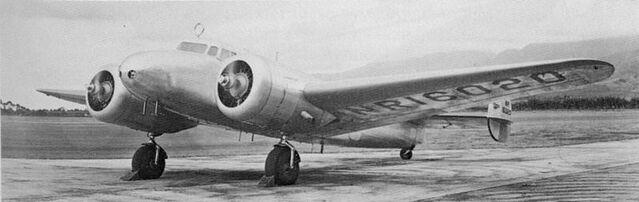 File:Earhart-electra 10.jpg