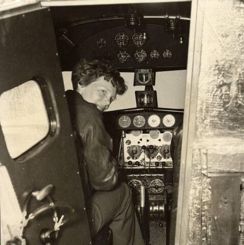 File:Amelia 1936.jpg