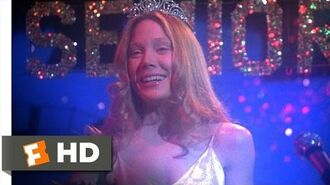 Carrie wins Prom Queen