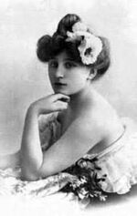 Silvia Adams