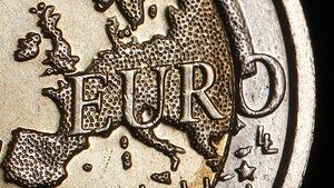 Economy-eurozone-euro-coin