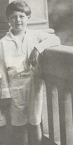 Marten in 1932