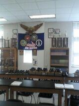 Classroom -center-
