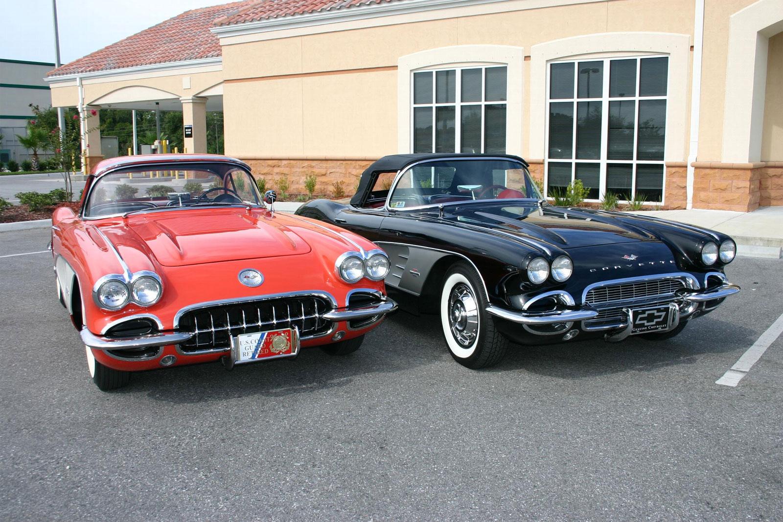 1955-corvette-c1-1-