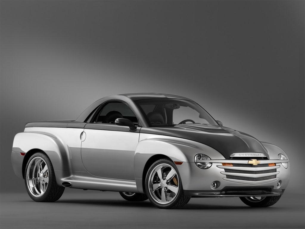 Chevy-SSR-01-1-