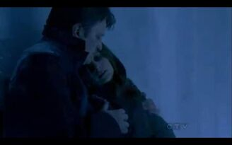 Castle and Beckett trapped in the freezer