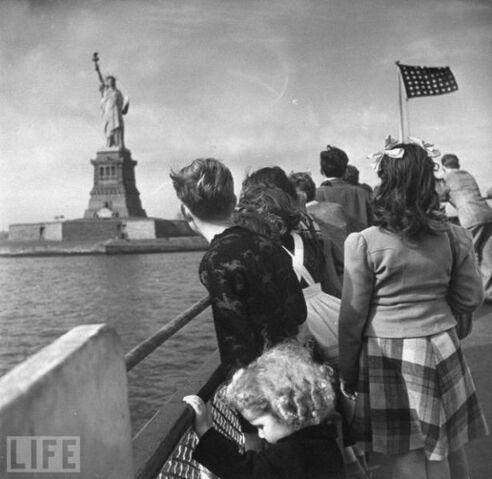File:1940sNY(4).jpg