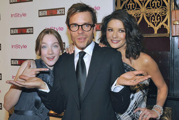 Catherine Zeta Jones Guy Pearce Premiere Death 0Cr4xS47YRDl