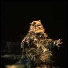 Ken Page as Old Deuteronomy, Broadway 1982
