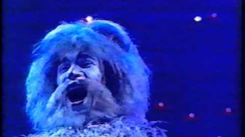 Ad-dressing of Cats - Aus Circus Tour 1999