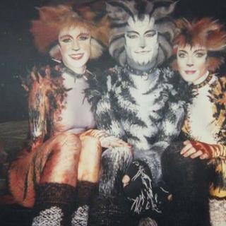 Behind the scenes, 1998 Film