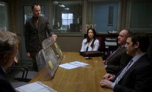 S02E18-Holmes w cab shield