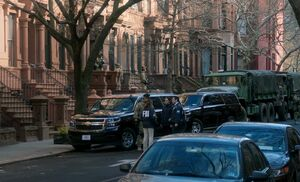 S05E15-Brownstone raided