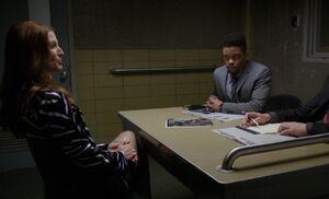 S05E14-Carla in box
