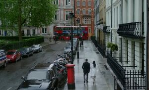 S06E21-In London2