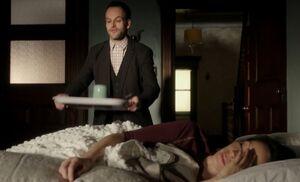 S01E10-Holmes wakes Watson