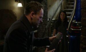 S05E12-Holmes Watson filter