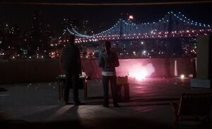 S01E08-Roof explosions