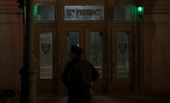 S05E23-11th precinct