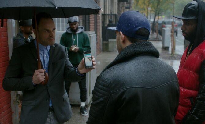 S05E09-Holmes Tall Boy Duane