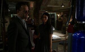 S05E12-Holmes Watson basement pipes