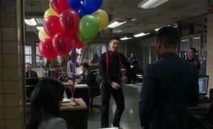S06E20-Balloon singer
