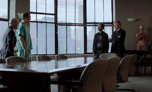S01E05-Meeting w hospital staff