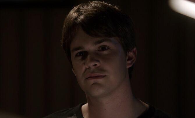 S01E03-Adam Kemper head shot