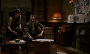 S04E13-Holmes bedroom
