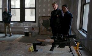 S04E06-Gregson Bell sniper rifle