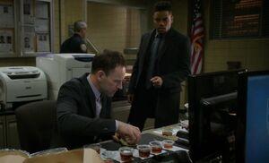 S05E13-Holmes Bell pancakes