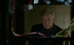 S06E14-Gregson no servers